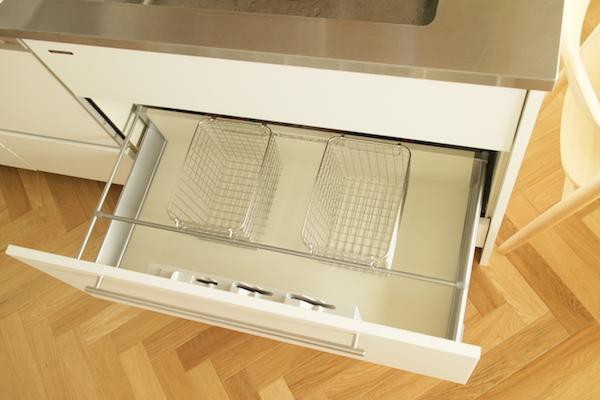 キッチン収納2.JPG