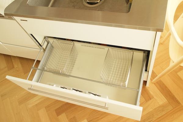 キッチン収納3.JPG